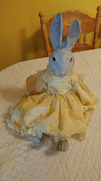 Ceramic bunny figurine