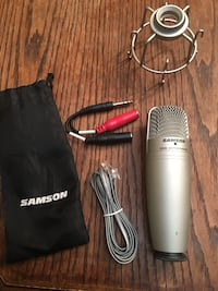 Samson USB studio condenser microphone Richmond Hill, L4C 4P7