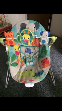 baby's white and green bouncer Foley, 36535
