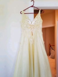 Gown-Homecoming or Prom Fairfax