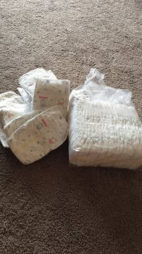 size 2 huggies diapers Edmonton, T6J 5J6