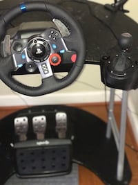 Logitech G29 racing wheel , pedals, and gear shift for PS4 and PS3 6 km