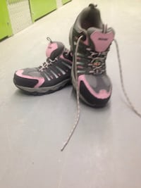 Safety boots size 9 Wolverine