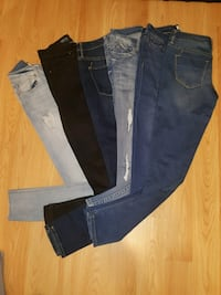 6 women's jeans for $20.00