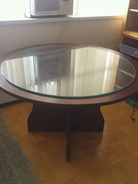 Dining table perfect for small apartment Toronto, M9N 1Y8