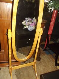 oak dressing mirror  Front Royal
