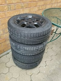 5x114.3 rims on 185 60 15 tires 1 bad $80 Toronto, M9N 2C7