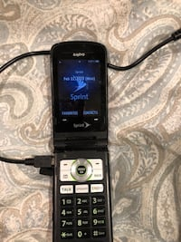 Flip phone, Sanyo, Oldie but goodie. New haven. New Haven, 06512