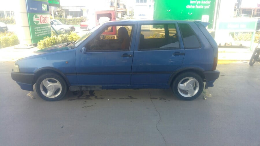 1997 Fiat Uno 13d4c10a-86be-4f57-aaa8-efea97bf7d47