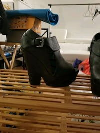 Wedge heel black