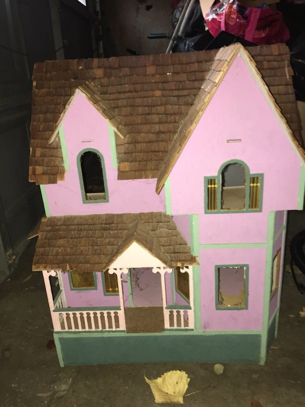 Used White And Pink Wooden Dollhouse For Sale In Lewisville Letgo