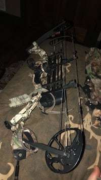 Black and brown compound bow Bethel Park, 15241