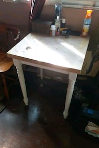 Solid butcher block table Oakville, L6L 2N4