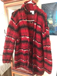 red and black fur coat Sandown, 03873