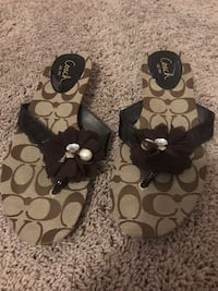Black and gray coach sandals - size 8 Sherwood, 72120