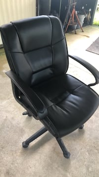 Black Office chair  (great condition) Dunnellon, 34434