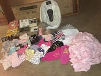 Baby items. 0-9 months clothes, picture frames, weigh baby bath, window valances. Used but clean  Las Vegas, 89183