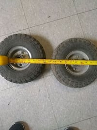 Pneumatic tires on rims w/bearings