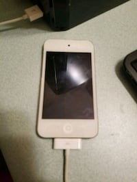 8 gig older Ipod touch works great Edmonton, T6G 2B7