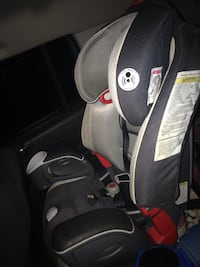 Black and gray graco car seat Gainesville, 20155
