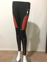 leggings CALGARY