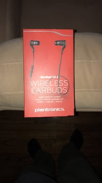 Back beat wireless earbuds Alexandria, 22314