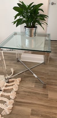 Acrylic and chrome end table with glass top Philadelphia, 19103