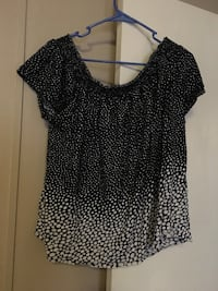 black and white scoop-neck cap-sleeved shirt London, 40741