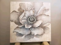 white and gray flower painting Vaughan, L4L 1L9