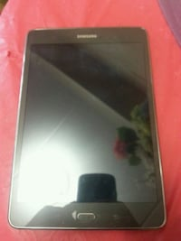 black Samsung Galaxy android smartphone St. Catharines, L2R 5C4