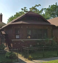 HOUSE For Sale 3BR 1.5BA Chicago