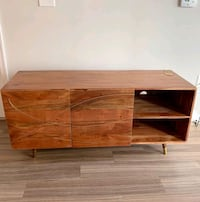 Quirky Mid-Century Mod Media Stand
