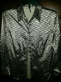 Womens silky blouse sz Large.