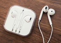 iPhone earphone brand new unused Stockholm, 112 33