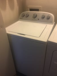 White top-load clothes washer Addison