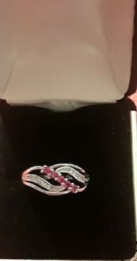 Sterling silver cranberry Stone ring Palmdale, 93550