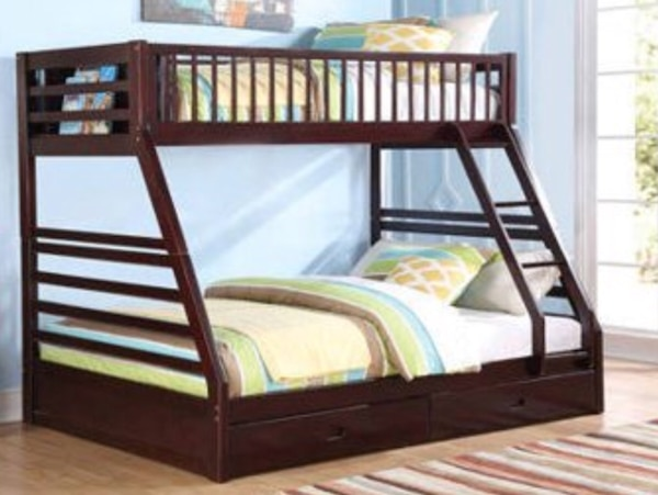 Twin Over Full Bunk Bed W Bunky Boards Mattresses Usage A Vendre A