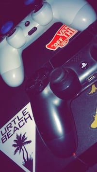 PS4 AND GAMES Los Angeles, 90033