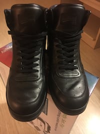 pair of black leather high-top shoes Dallas, 75238