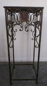Wood/Cast Iron Plant Stand