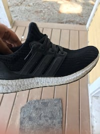Adidas ultra boost  New Westminster, V3M 5H5