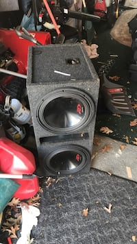 """2 12"""" alpine type R subs with a 2000 watt alpine amp, system is loud"""