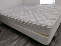 QUEEN MATRESS SET. LIKE NEW. WILLING TO NEGOTIATE  Fort Lauderdale, 33301