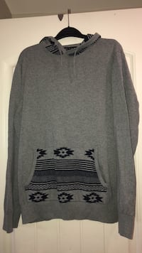 Men's grey sweater  Vancouver, V5X 1Z5
