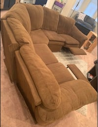 Recliner Sectional Couch Sofa *FREE DELIVERY*