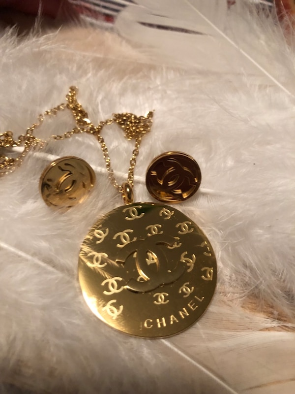 Gorgeous set necklace earrings like LV surgical steel not tarnish adcc8011-bc64-405e-a671-07e591d0605f