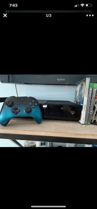 Xbox One w/ controller and games
