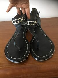 BNWOT Guess Sandals Size 10 Mississauga, L4Z 4A1