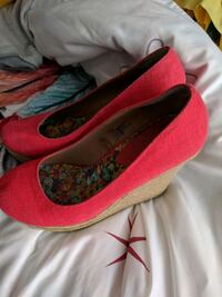 Coral wedge shoes. Fall River, B2T 1R4