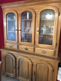 brown wooden framed glass display cabinet Fairfield, 94533